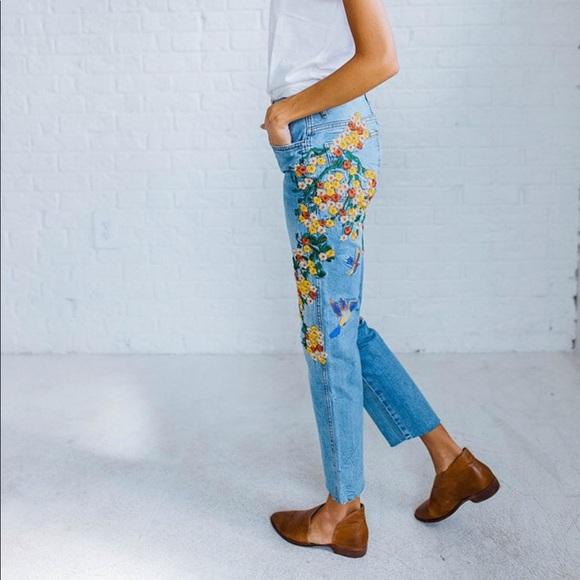76b70291be276 Free People Denim - Free People Embroidered Girlfriend Jean